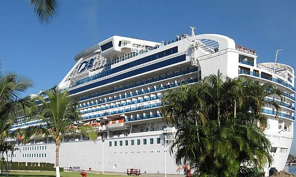 Cruise Ships Steer Clear Of Los Cabos Towards Puerto Vallarta - Cruise ship schedule puerto vallarta