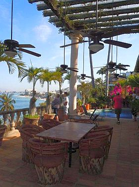 Int L Friendship Club S 30th Season Of Puerto Vallarta